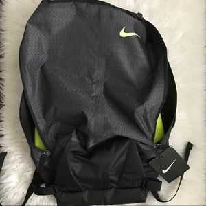 Nike Bags   Mens Engineered Ultimatum Training Backpack   Poshmark cae73bb163
